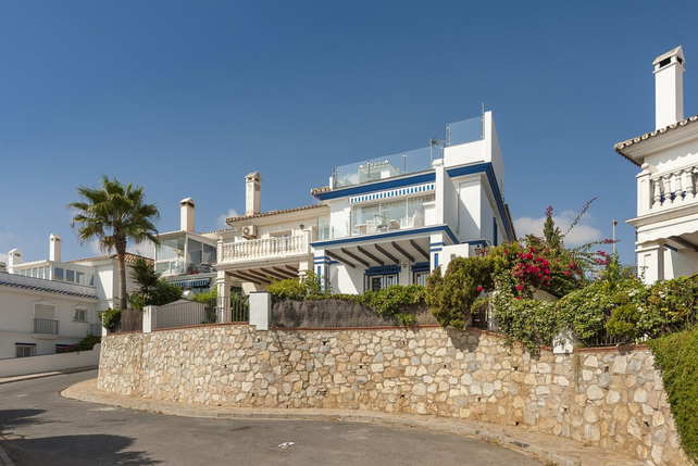 Town house for sale in Mijas Costa