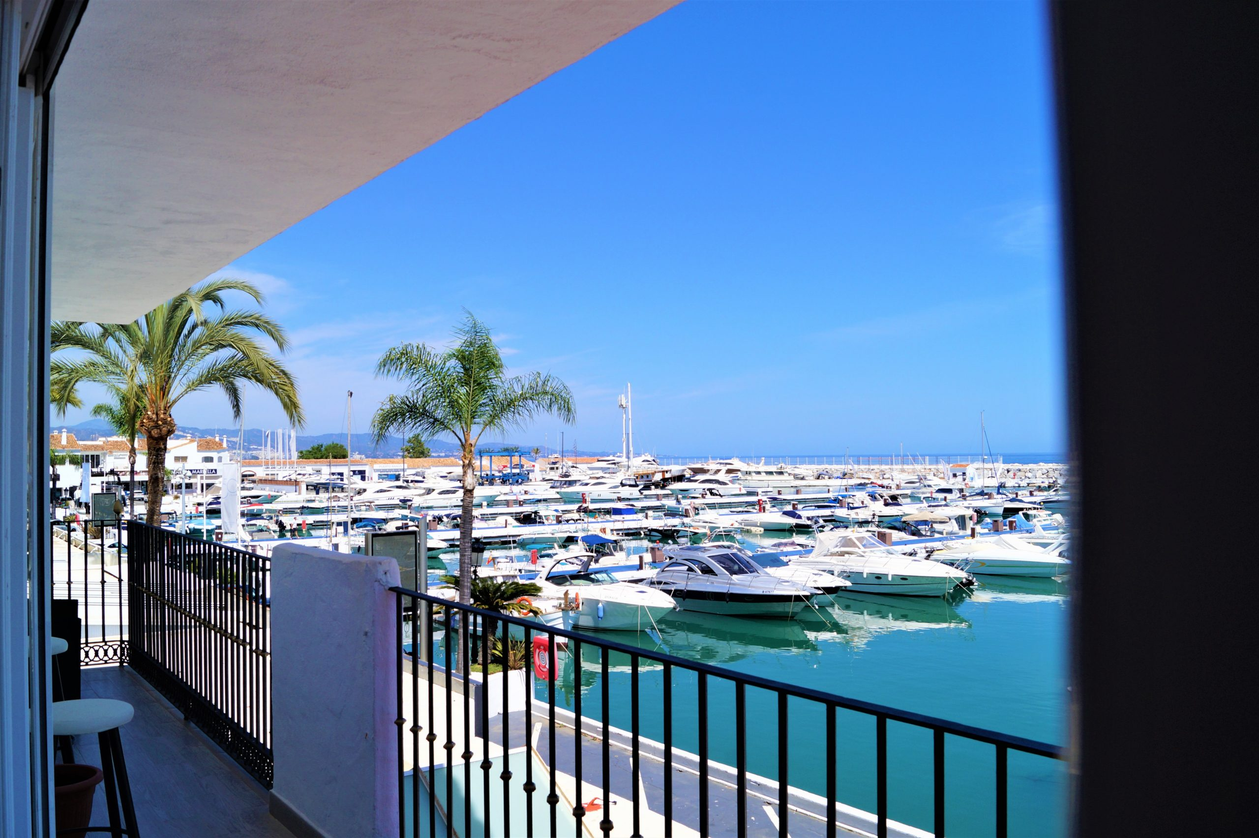 Holiday rental in Puerto Banus 1st line
