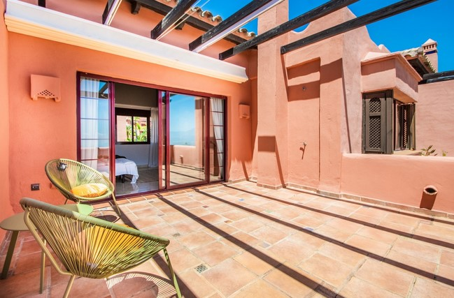Penthouse in La Mairena, Elviria