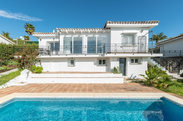 Villa for sale in la Cala de Mijas, Mijas