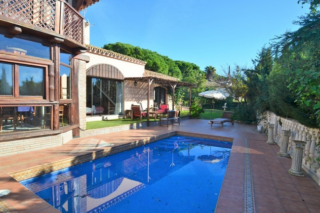 Villa for sale in CaboPino, Marbella