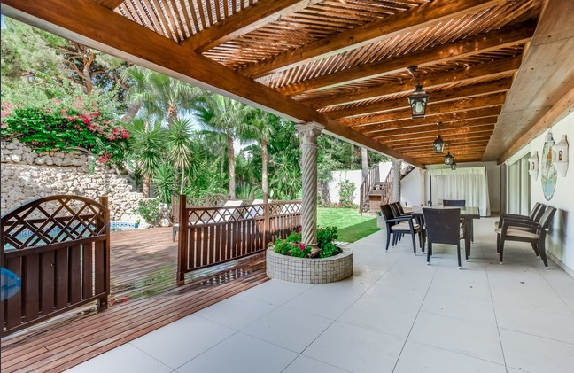 Villa for sale in Nagueles