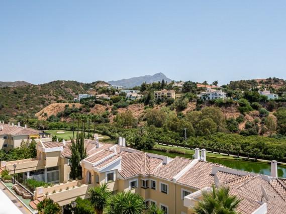 Apartment for sale in La Quinta, Nueva Andalucia