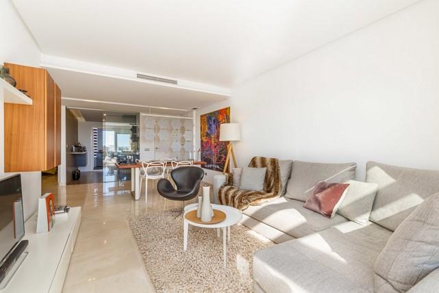 Appartment for sale in Los Arqueros, Benahavis