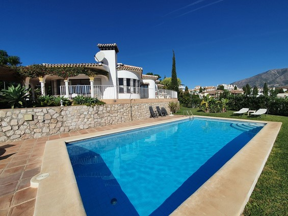 Villa for sale in Mijas Golf
