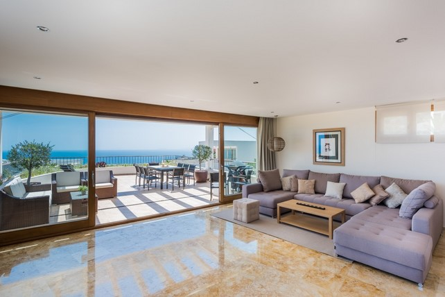 Penthouse for sale in Los Altos de Los Monteros