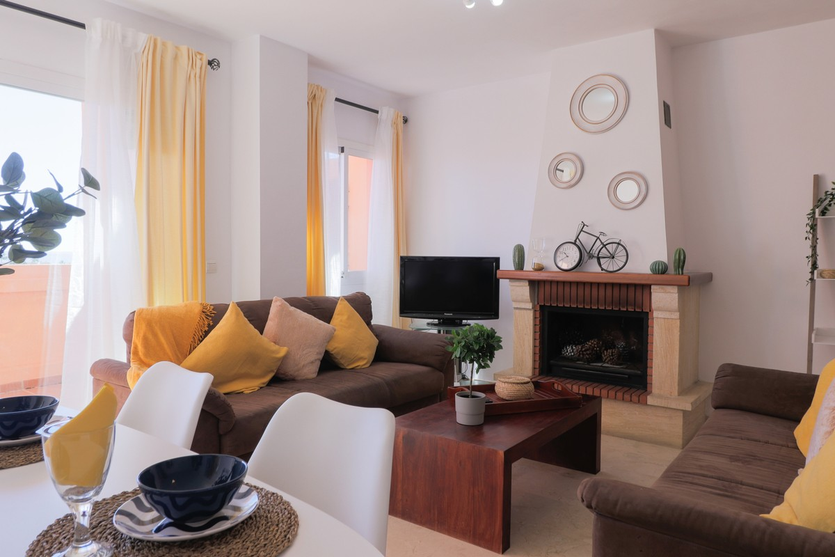South-Facing Penthouse with Sea Views in El Chaparral, Mijas