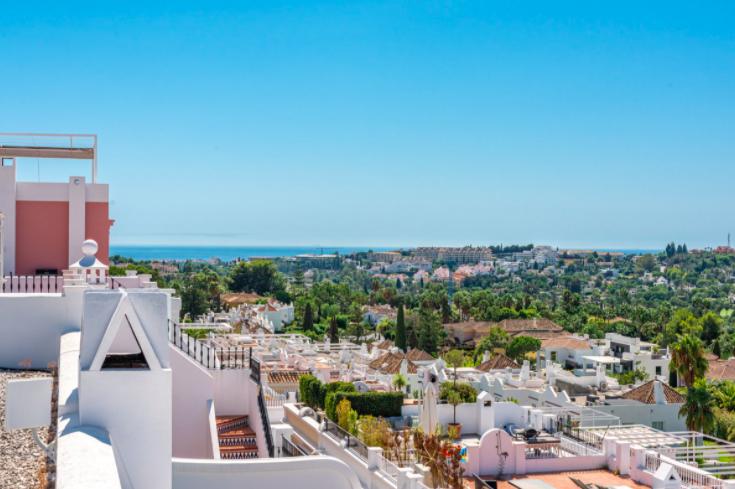 Beautiful Townhouse Nueva Andalucia, Marbella