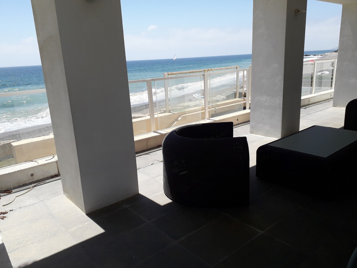 INVESTMENT Opportunity! Luxury Beachfront Detached Villa with Sea Views in Estepona