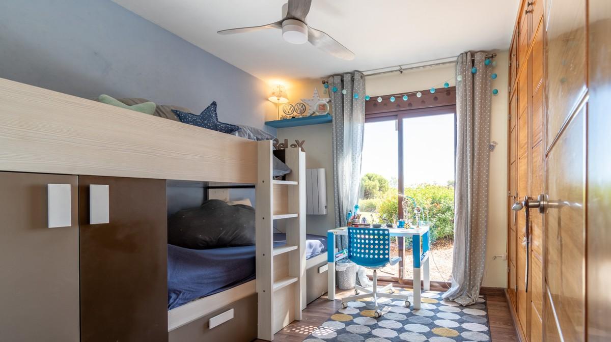Contemporary Detached Villa with Sea Views in Mijas