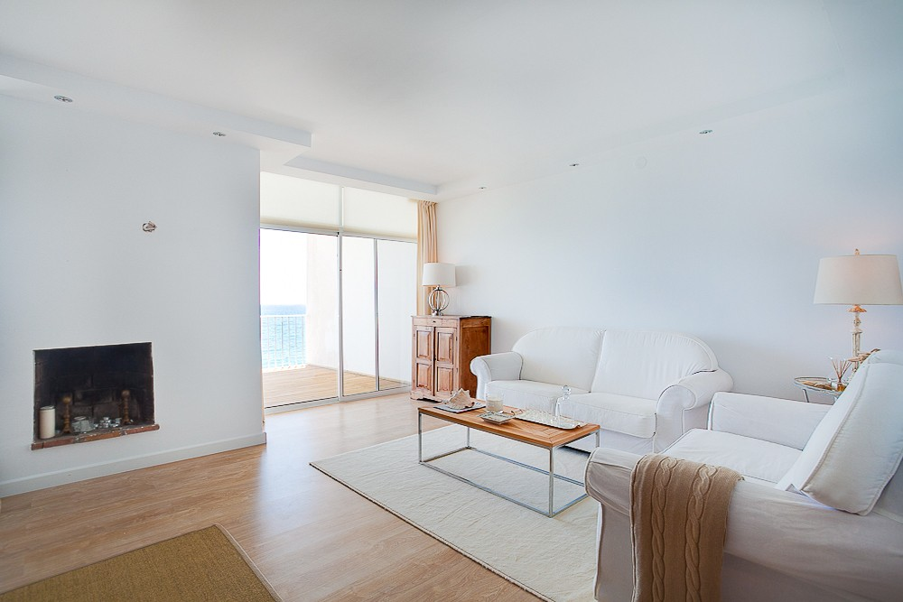 INVESTMENT Opportunity! Contemporary Beachfront Top Floor Apartment with Sea Views in Estepona