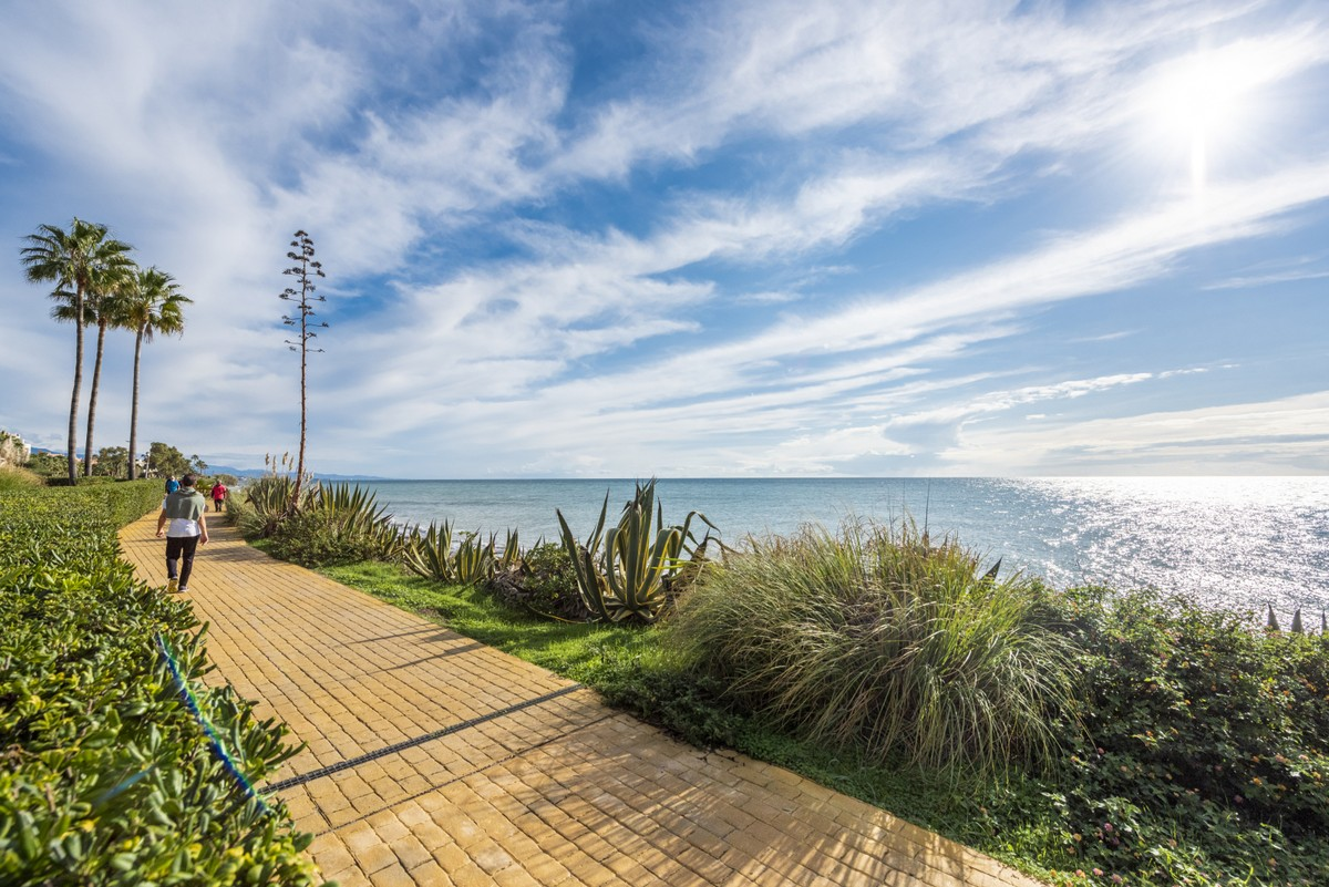 Beachfront Townhouse with Sea Views in Estepona