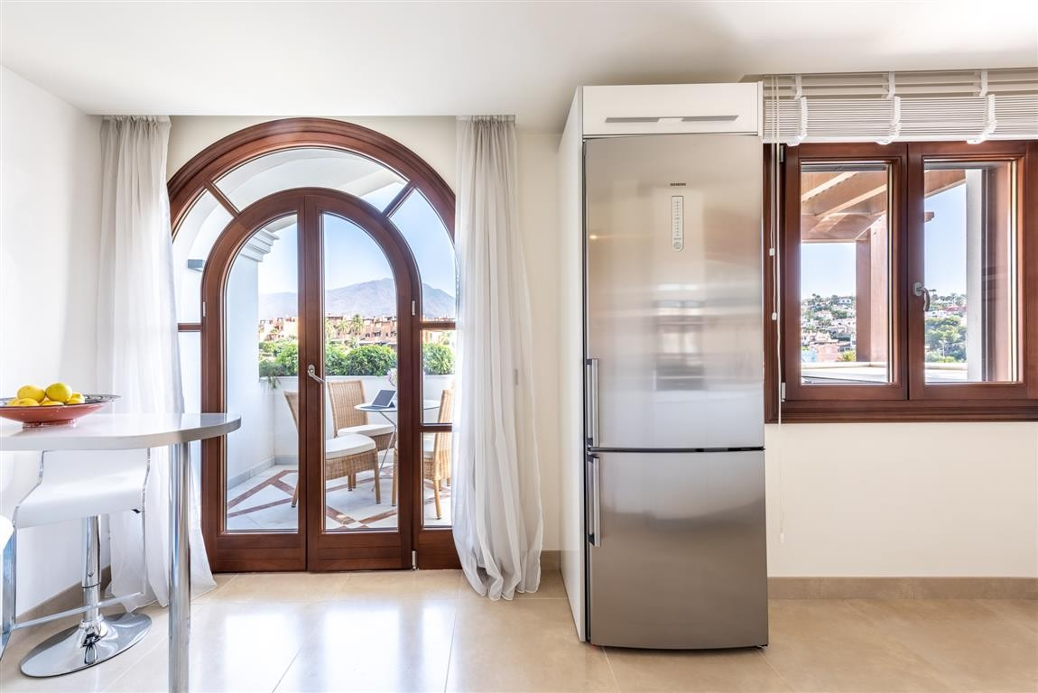 BARGAIN! Large Luxury Beachfront Penthouse with Sea Views in Estepona