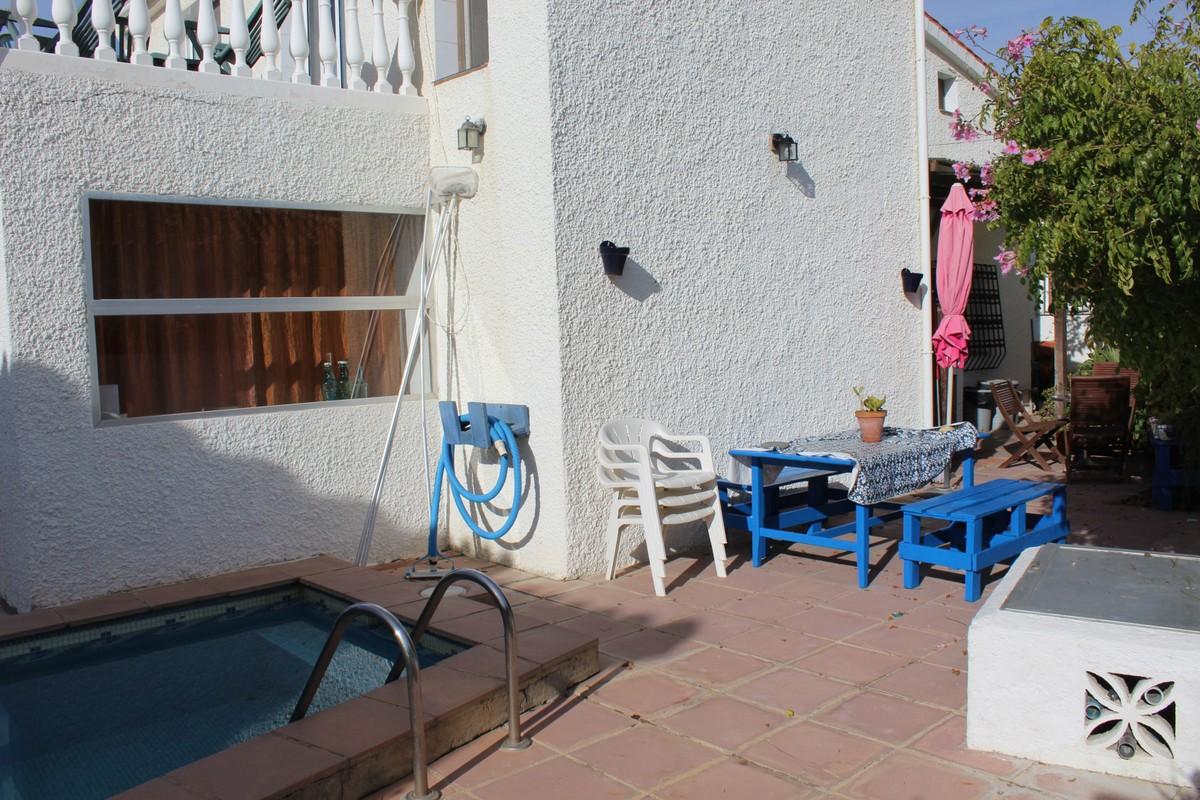 Beachfront Detached Villa with Sea Views in Mijas Costa