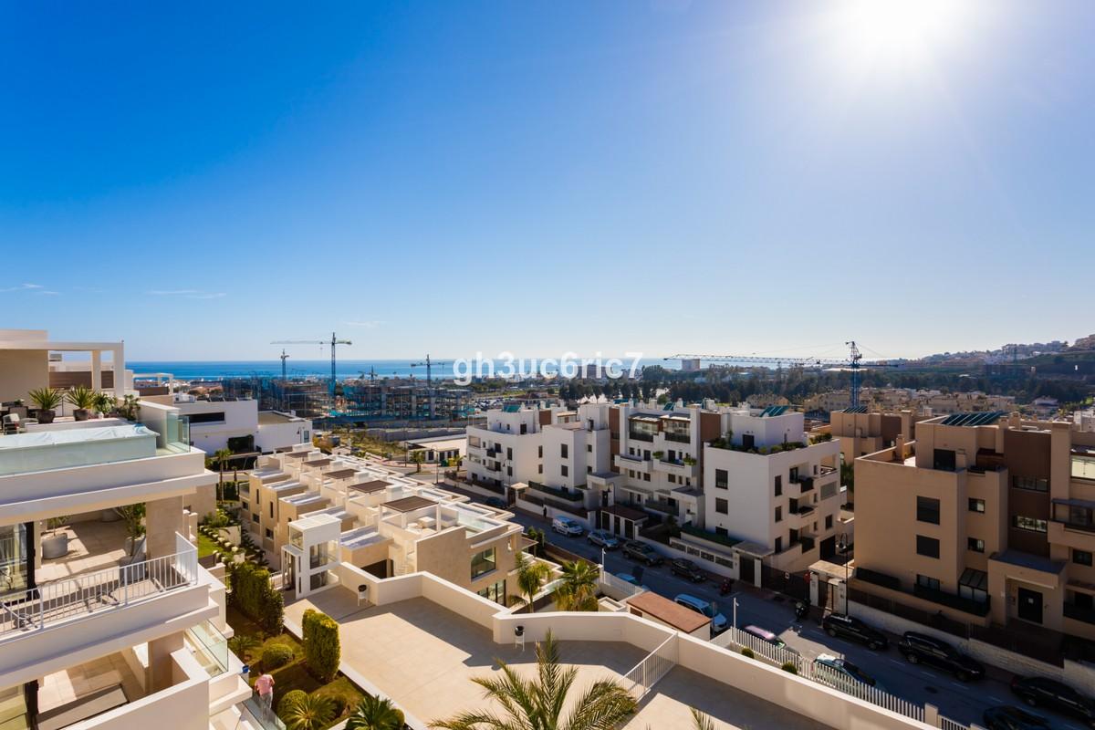 Large Penthouse with Sea Views in La Cala de Mijas