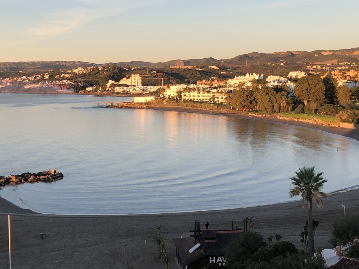 Large Beachfront Penthouse with Sea Views in Estepona