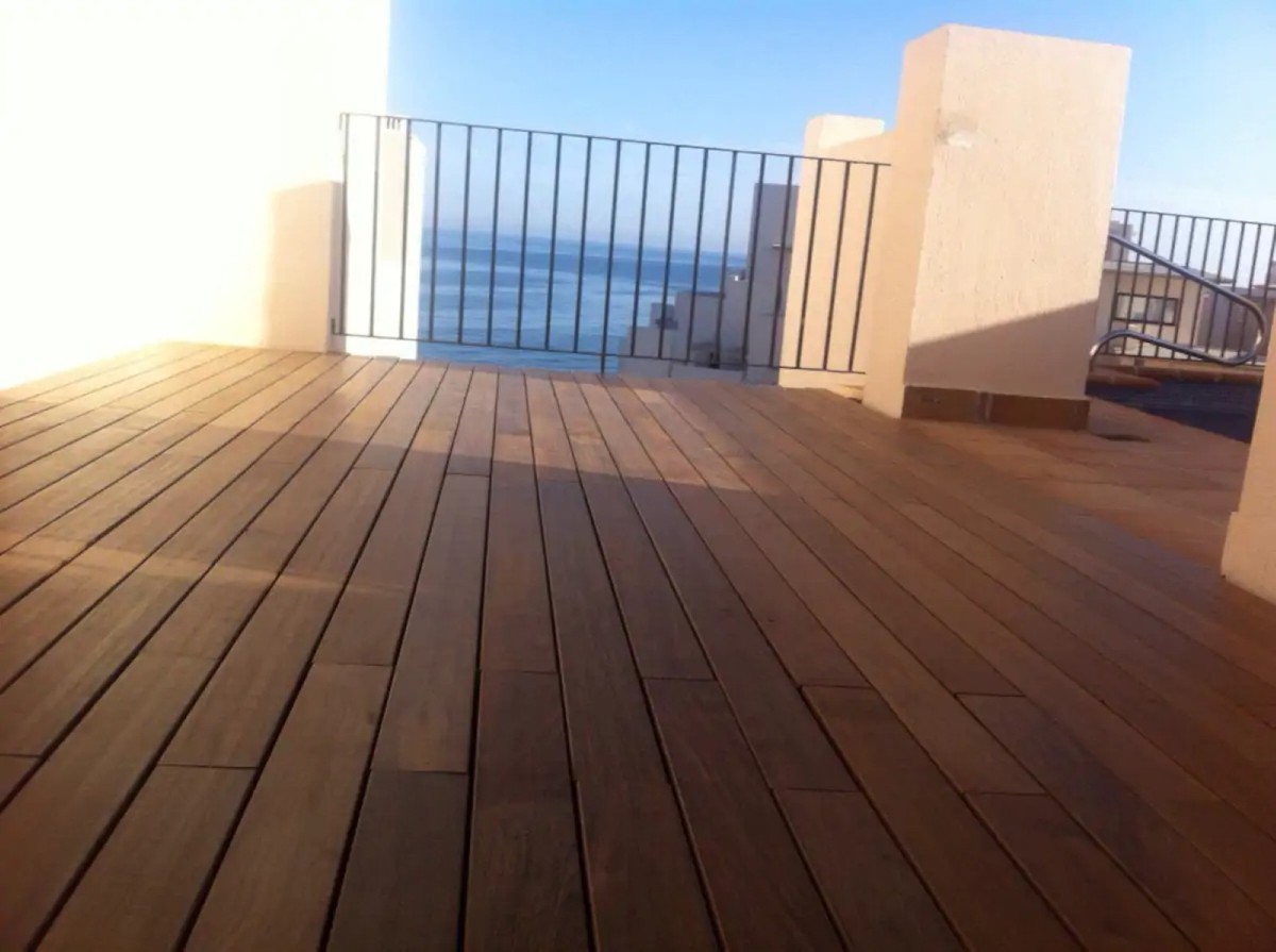 INVESTMENT Opportunity! Contemporary Beachfront Penthouse with Sea Views in New Golden Mile, Estepona