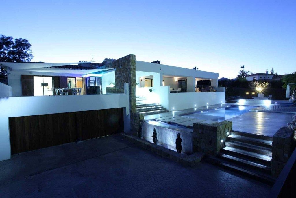 Large Luxury Golf Detached Villa with Pool in Guadalmina Alta, Marbella