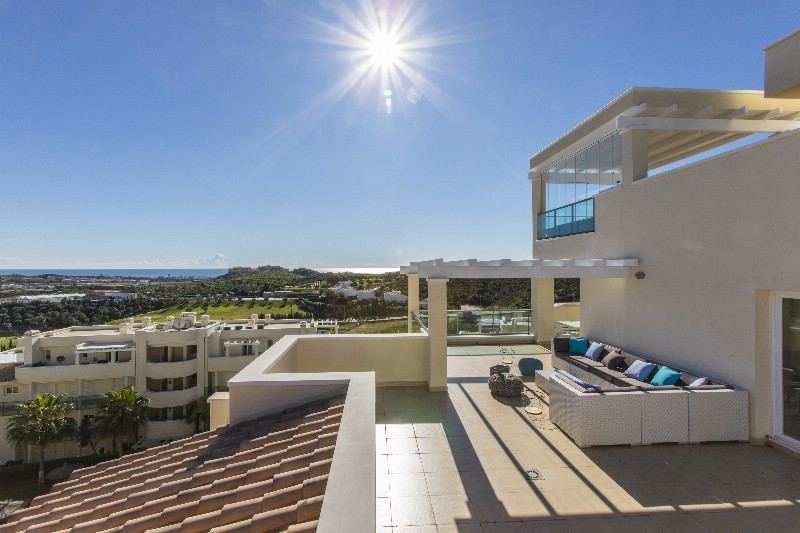Penthouse with Sea Views in Mijas Costa
