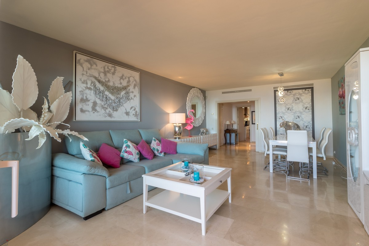 Large Luxury Beachfront Middle Floor Apartment with Sea Views in Manilva