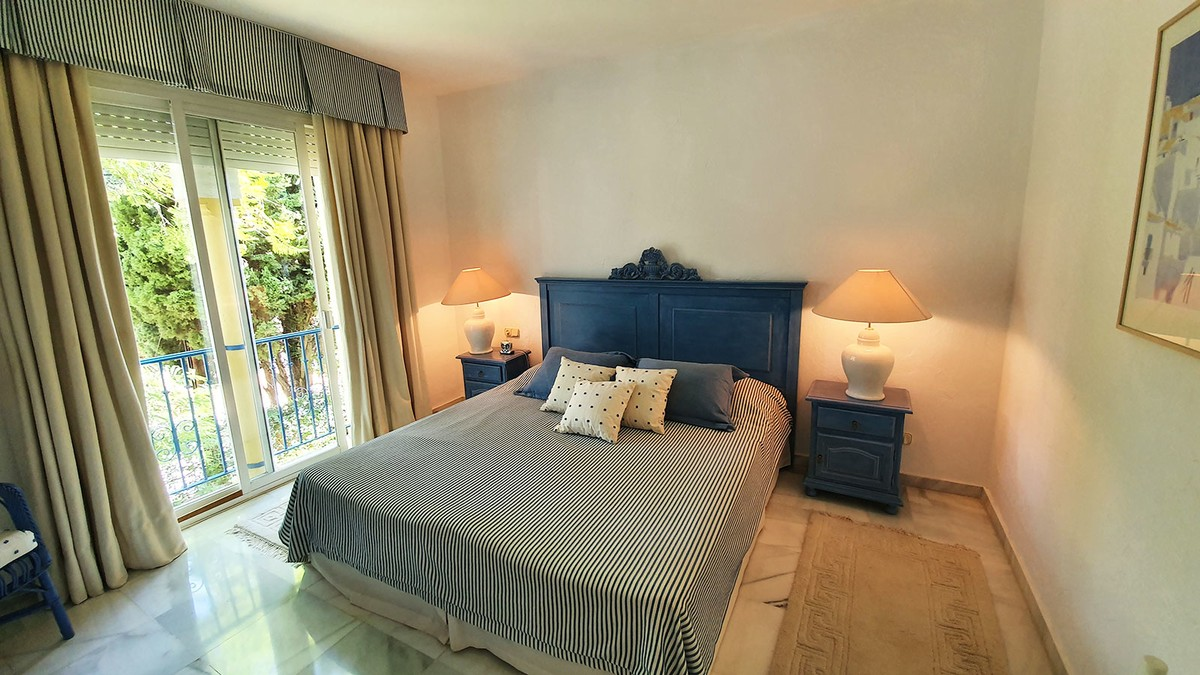 Large Golf Penthouse with Sea Views in Mijas Golf