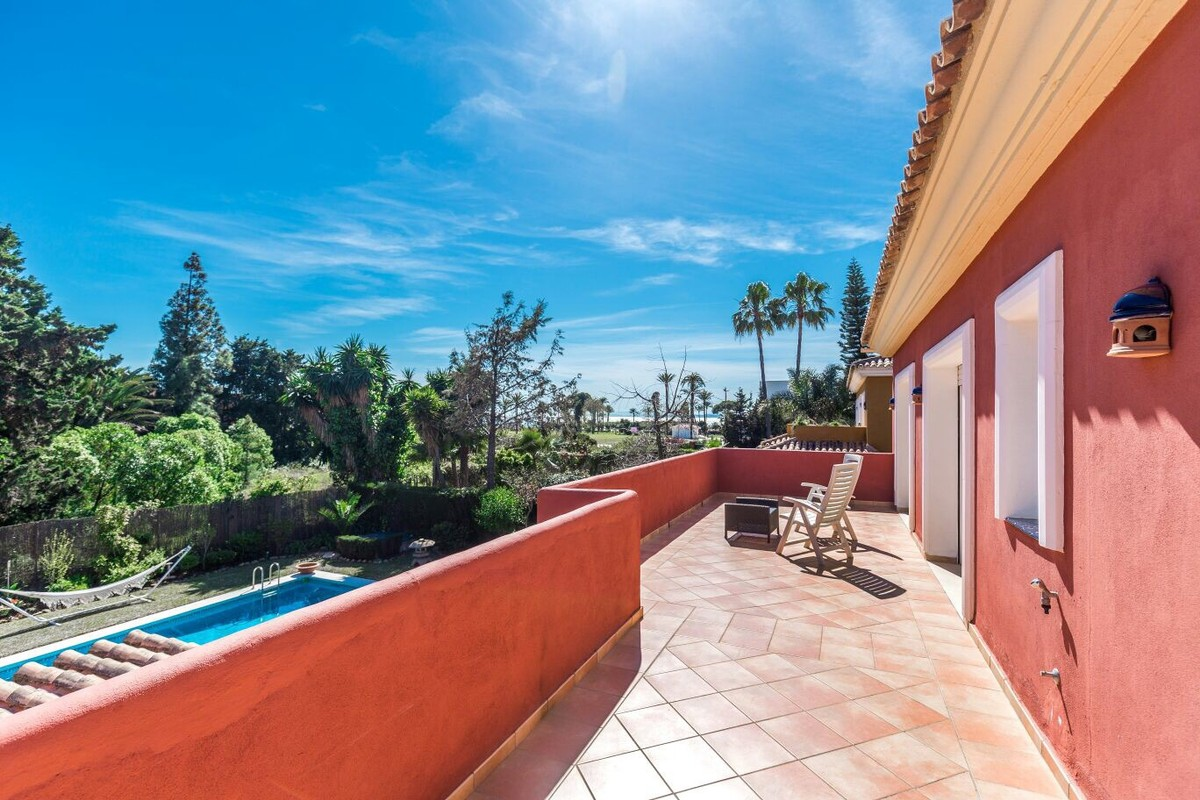 INVESTMENT Opportunity! Large Luxury Detached Villa with Sea Views in Guadalmina Baja, Marbella