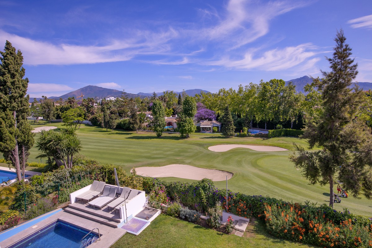 Large Luxury Golf Detached Villa with Sea Views in Guadalmina Alta, Marbella