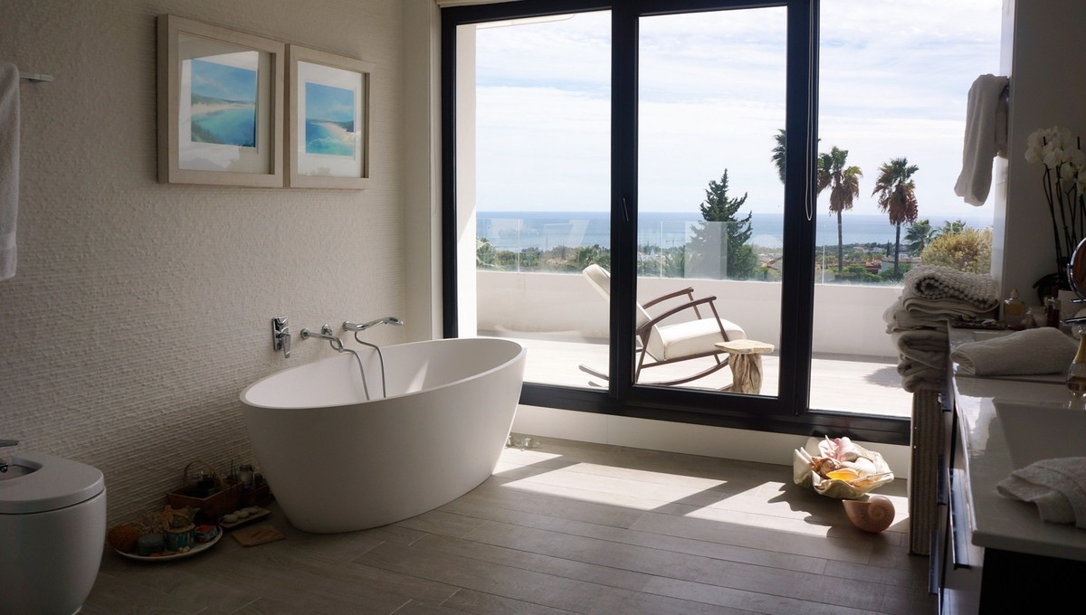 Large Contemporary Detached Villa with Sea Views in Nagüeles, Marbella