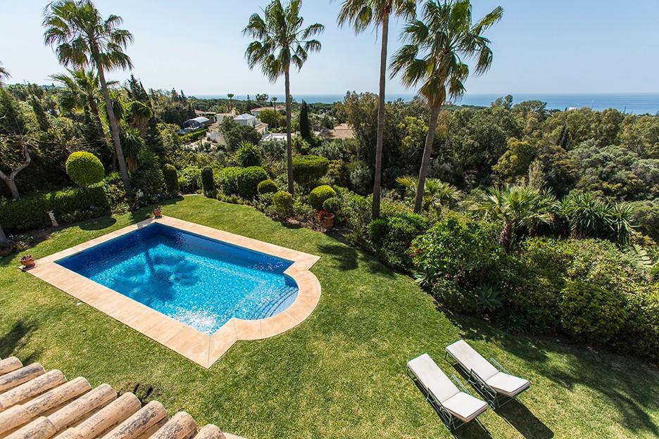 Large Detached Villa with Sea Views in Hacienda Las Chapas, Marbella