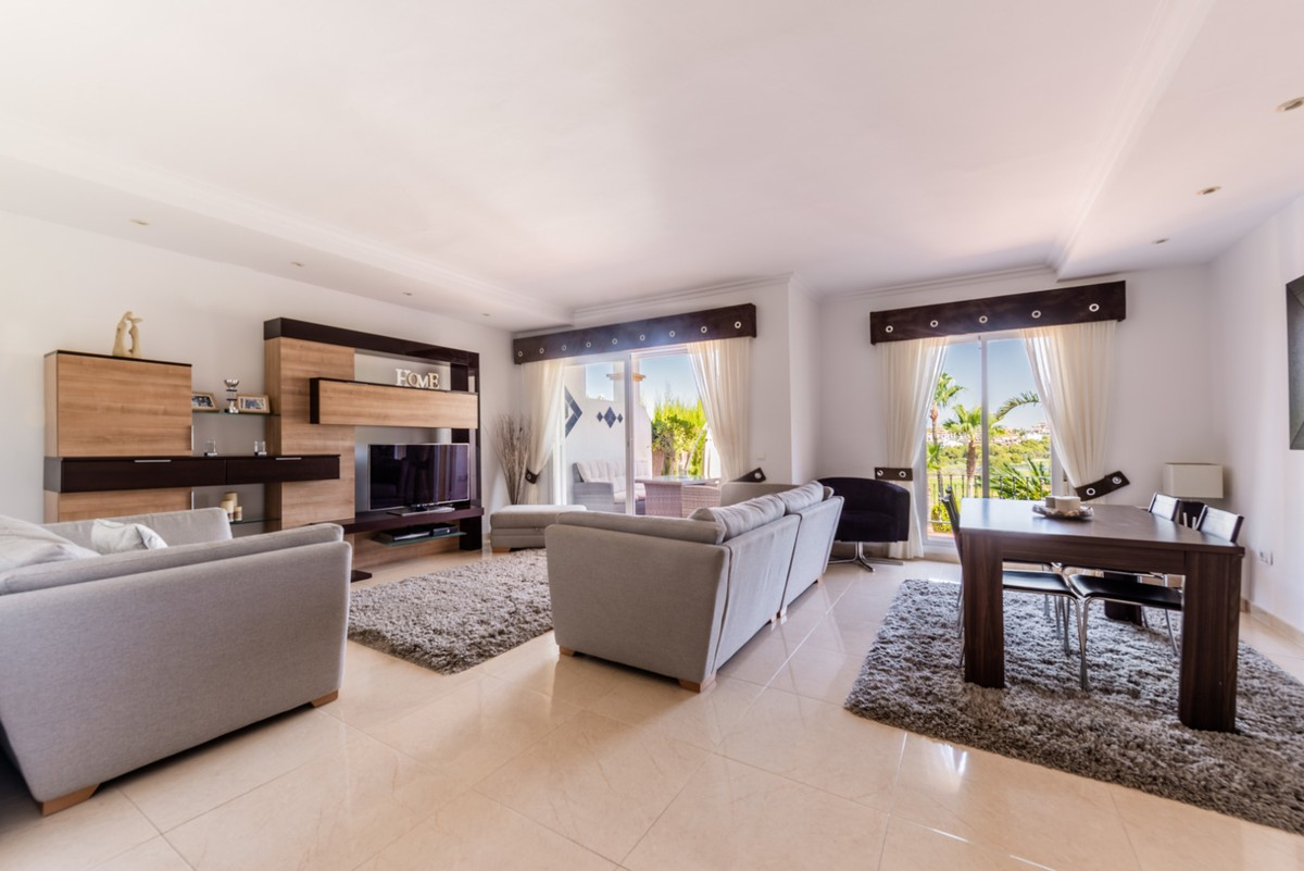 Golf Townhouse with Panoramic Views in Alhaurin Golf, Alhaurín el Grande