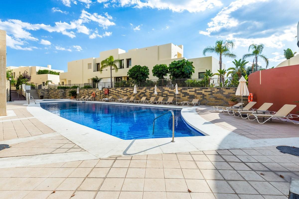 Penthouse with Sea Views in Los Monteros, Marbella