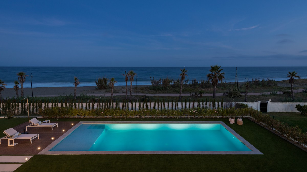 INVESTMENT Opportunity! Large Luxury Beachfront Detached Villa with Sea Views in New Golden Mile, Estepona
