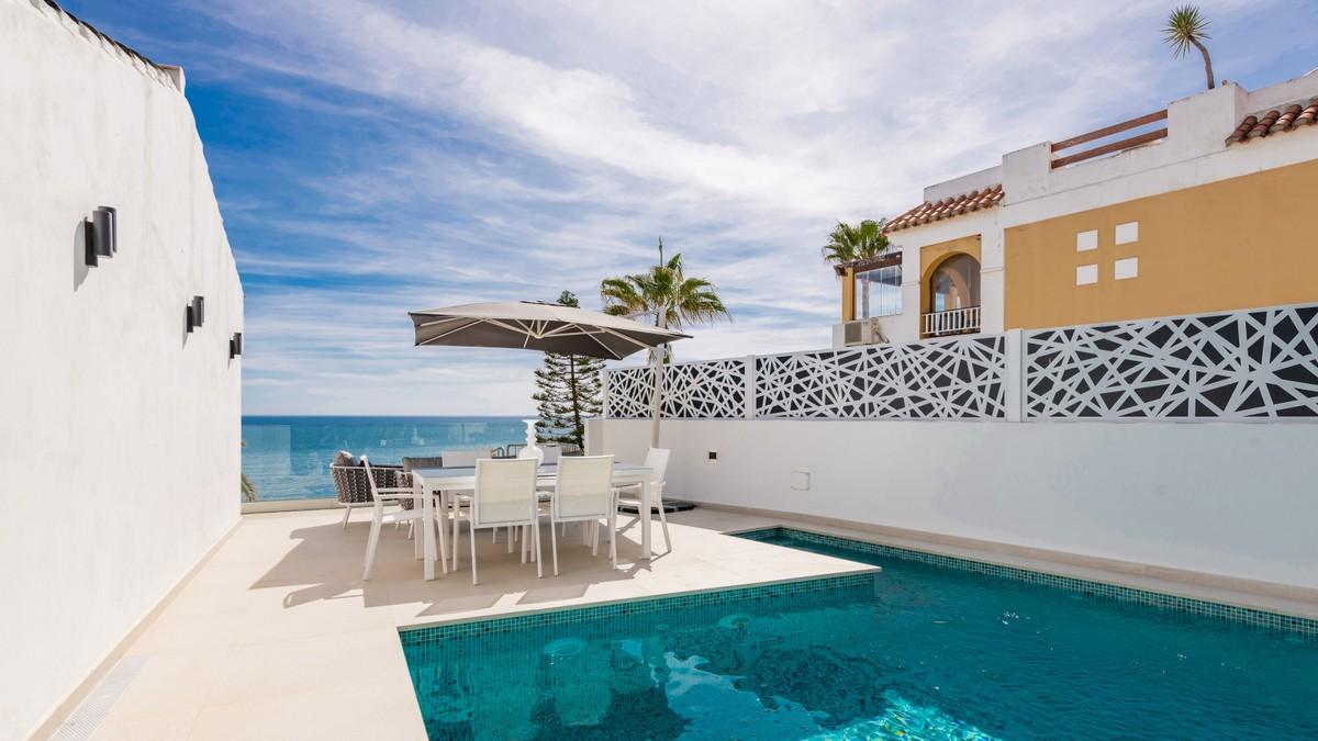 Contemporary Beachfront Detached Villa with Sea Views in Estepona