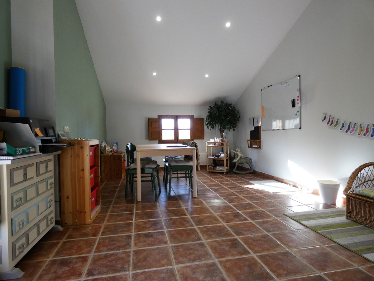 Townhouse with Panoramic Views in Alhaurín el Grande