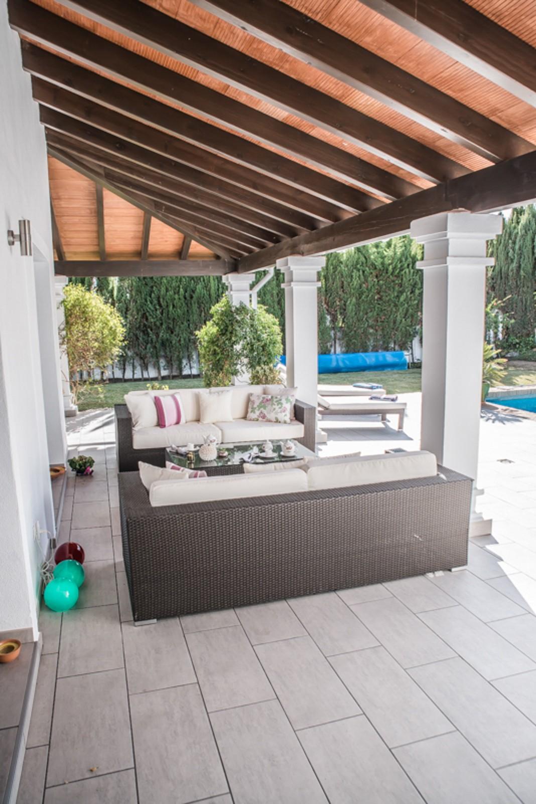 Detached Villa with Pool in Estepona