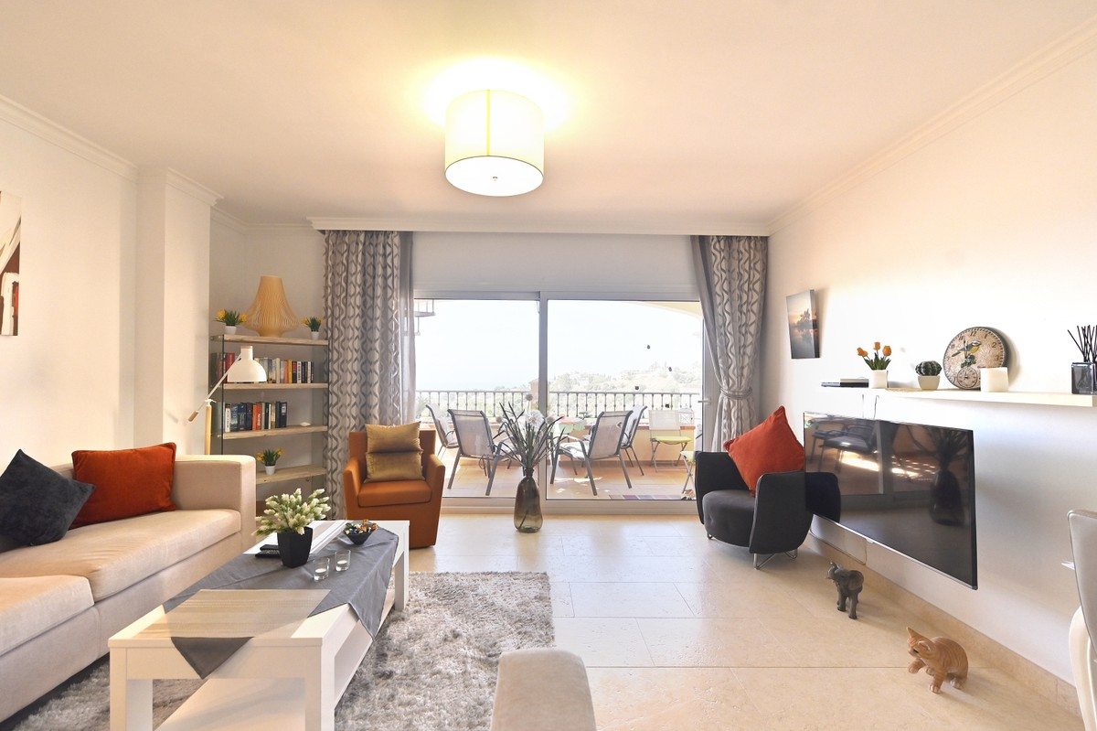 Large Penthouse with Sea Views in Benalmádena Costa