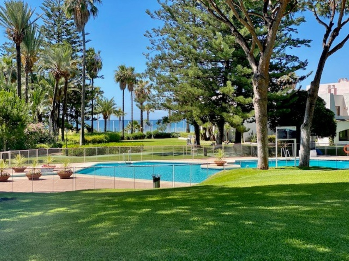 INVESTMENT Opportunity! Luxury Beachfront Top Floor Apartment with Sea Views in Puerto Banús, Marbella